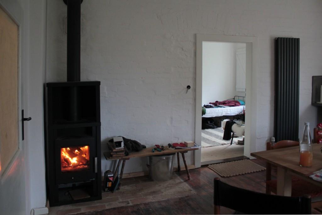 der kaminofen brennt dreesch7. Black Bedroom Furniture Sets. Home Design Ideas