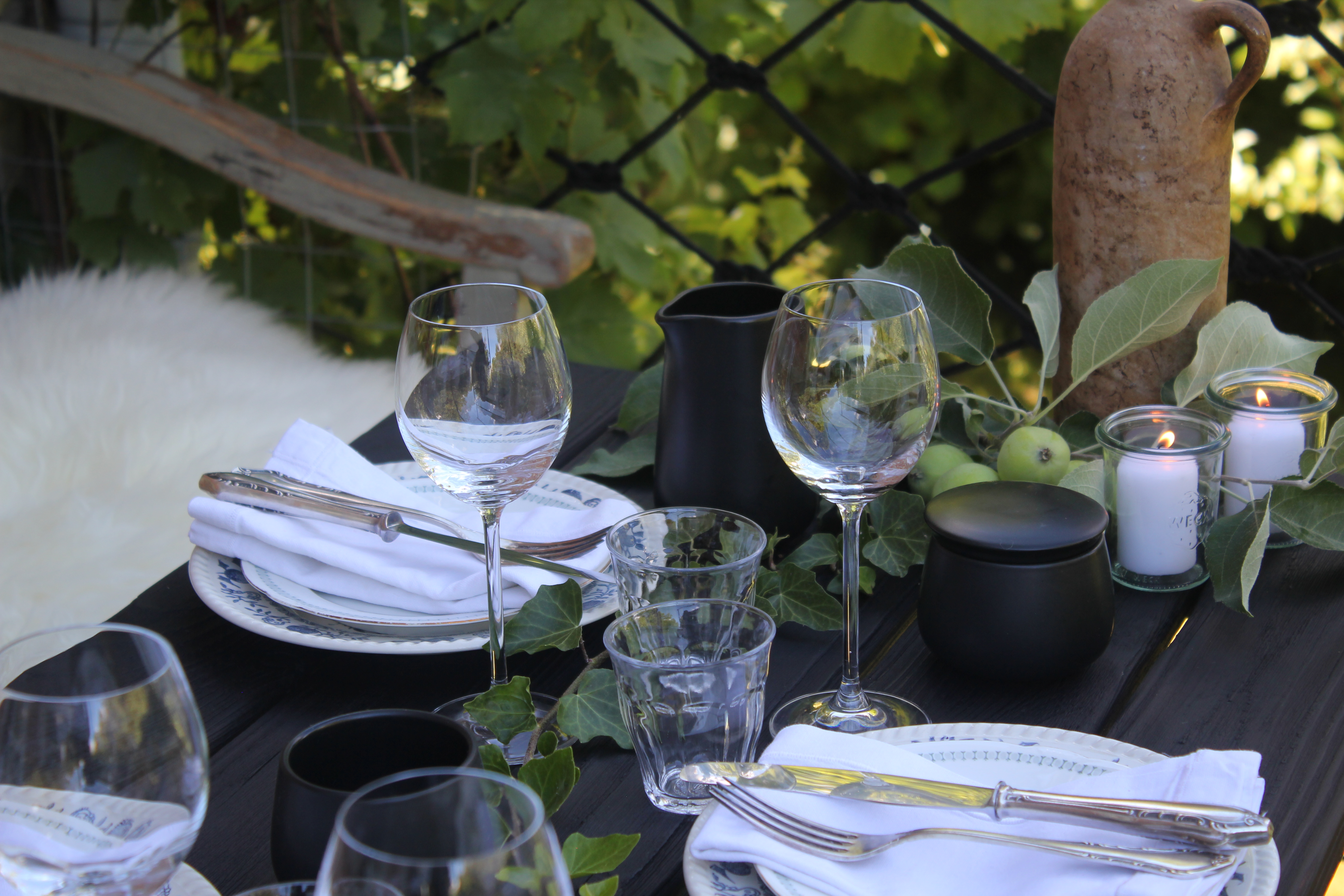 Der Tisch für den SupperClub@Dreesch7 wartet auf seine Gäste.